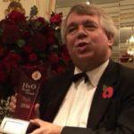 来年度のさらなる発展に向けて、メディアに抱負を語るホーキンス委員長   Mr Hawkins, chairman of HvO Academy, expressed his well-wishes and optimistic ambition for the future of the HvO World Award in a media session following the ceremony.