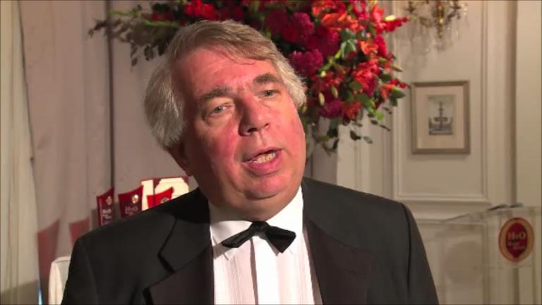 ホーキンス委員長は、本年度の審査に関する講評とHvO世界大賞のさらなる発展への抱負を語った   Mr. Hawkins, the chairman of the HvO Academy gave his closing remarks and foresight into the future of HvO World Award.